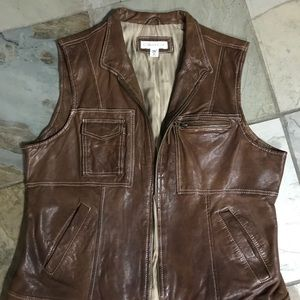 Coldwater Creek Sz. M brown leather vest. EUC
